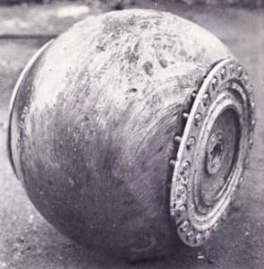 Lancaster-Dambuster-Bomb