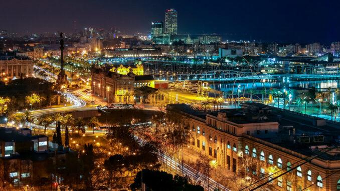 Barcelona éjjeli látképe